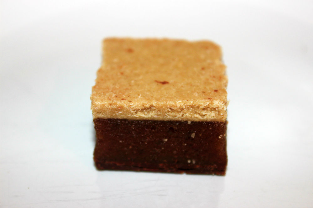 Revue des millions de carrés d'orange au chocolat de cuisine de Livia