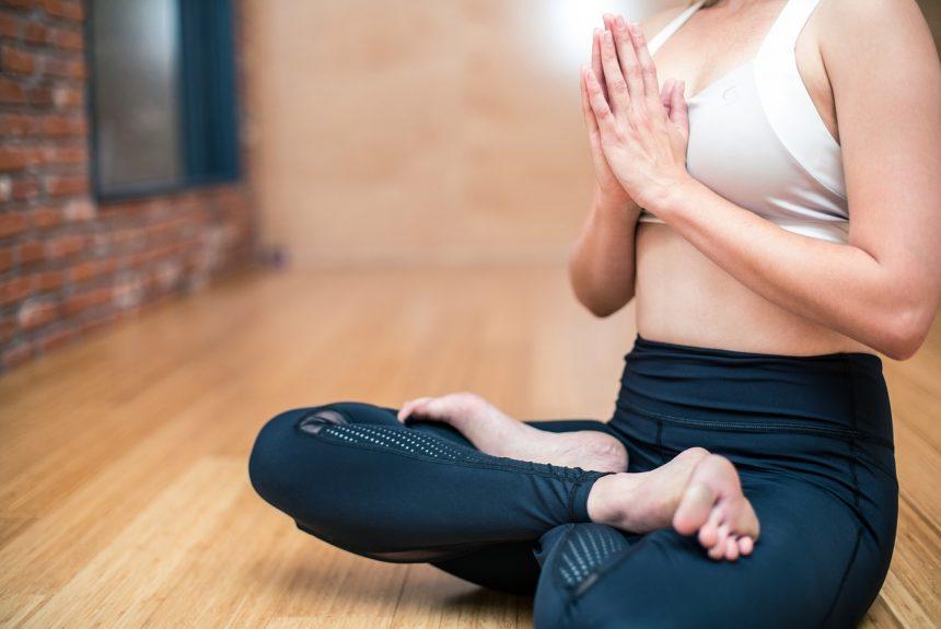 21 termes de yoga que chaque pratiquant doit savoir pour renforcer sa pratique