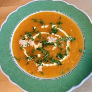 Recettes de soupe ayurvédique copieuses pour l'hiver