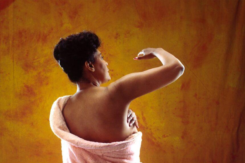 Santé des seins – Comment garder vos seins en bonne santé avec la kinésiologie.  – L'Académie de kinésiologie systématique