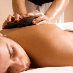 4 avantages de la thérapie de massage aux pierres chaudes