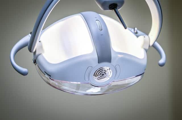Hypnose focalisée sur la phobie dentaire